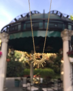 - BEAUTIFUL SUN NECKLACE (1)