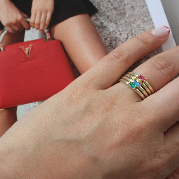 - CHAMPAGNE&RED NORA RING (1)