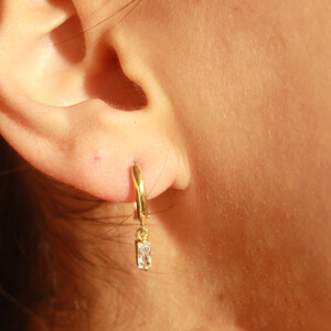 HOOP BAGUETTE EARRINGS - Thumbnail