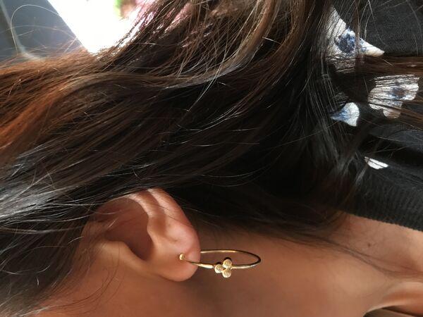 - HOOP TRIA EARRINGS (1)