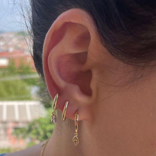 - J HOOP EARRINGS (1)
