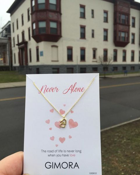 - NEVER ALONE NECKLACE (1)