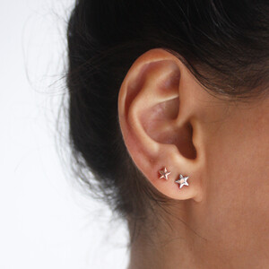 STAR BRIGHT GOLD EARRINGS - Thumbnail (2)