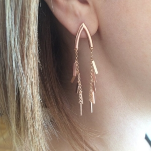 WISH TASSEL ROSE EARRINGS - Thumbnail